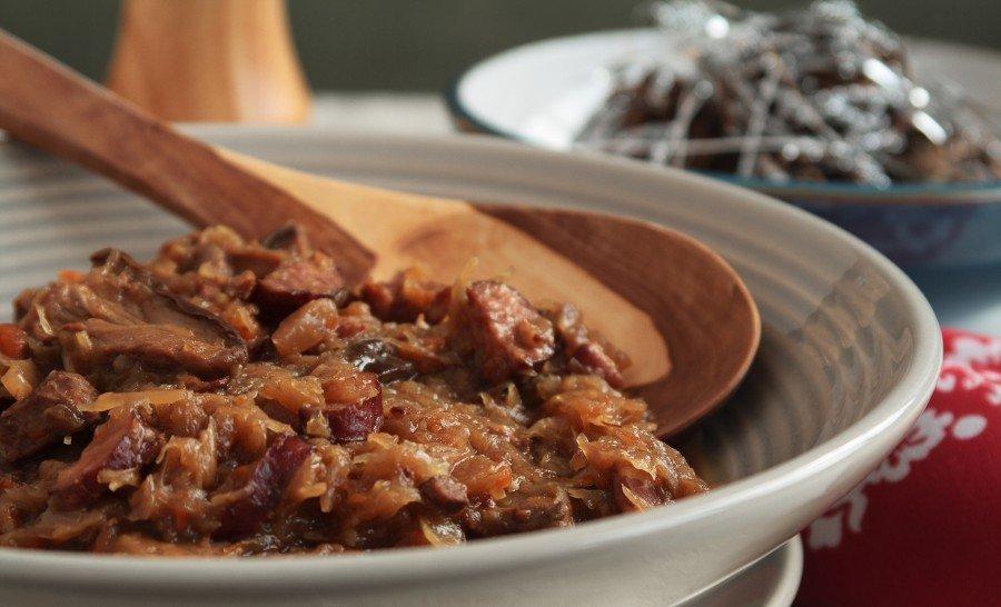 Бигос - традиционное польское блюдо - фото.