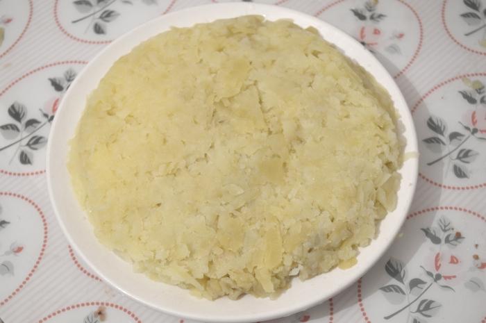 Второй слой салата. Селёдка под шубой классический рецепт с фото: второй слой