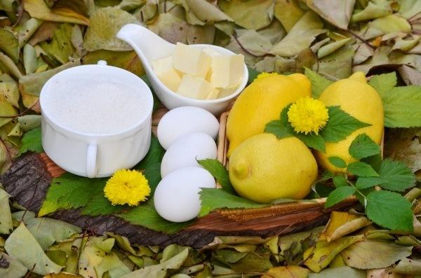 ингредиенты для лимонного курда - яйца, сахар, лимоны, сливочное масло