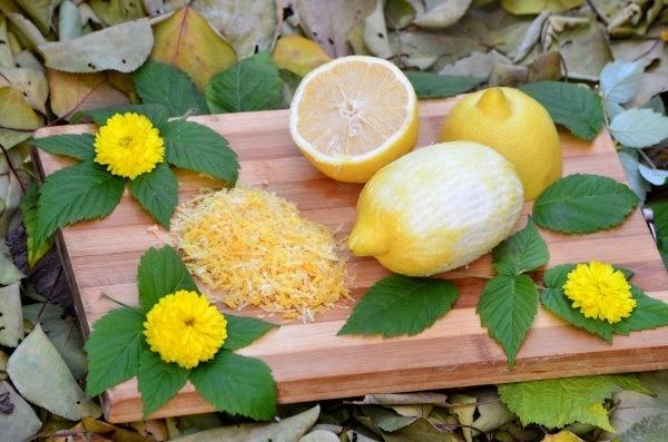 лимоны натирают мелкой теркой
